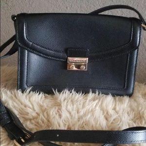 Vera Brady black leather handbag